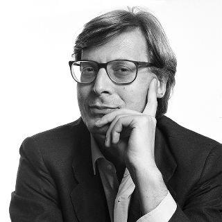 Vittorio Sgarbi sceglie Recanati per la sua rassegna fotografica